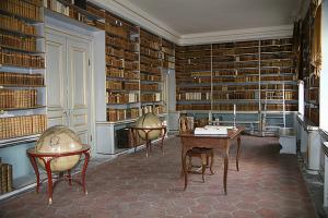 Das Innere der Bibliothek